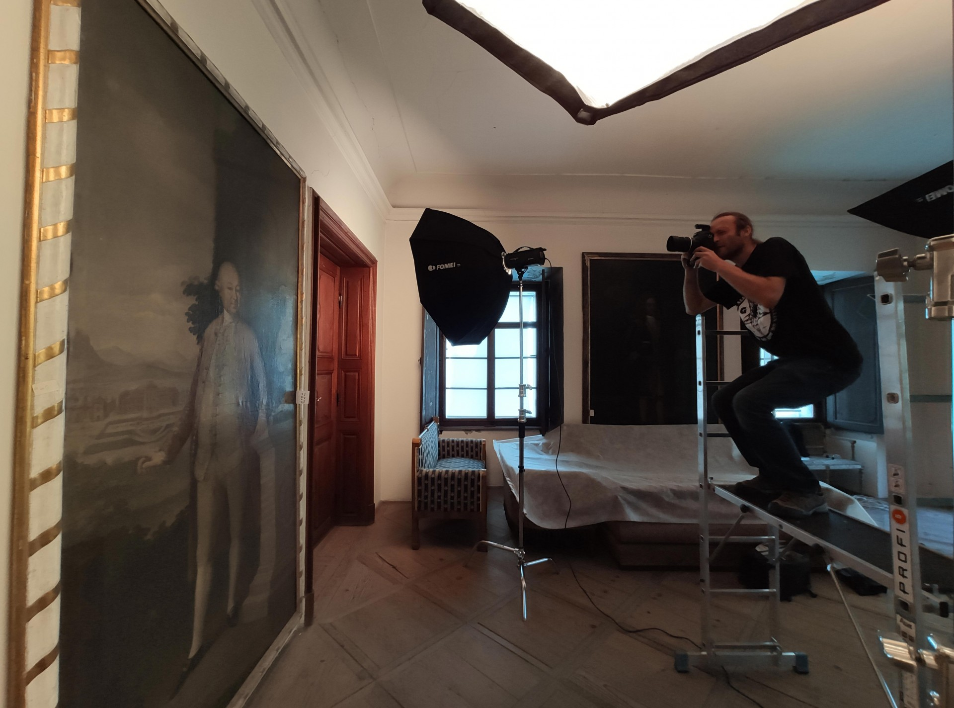 Preparation of Painting Digitization at the Vizovice Chateau
